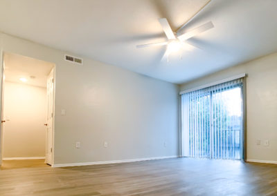 THE COMMONS Gainesville apartments bedroom with a view ceiling fans